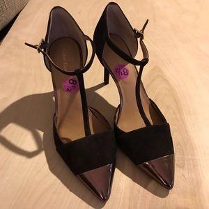 8 1/2 Brown Calvin Klein heels